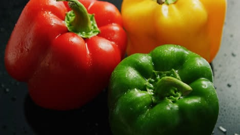 Colorful-bell-peppers-in-drops