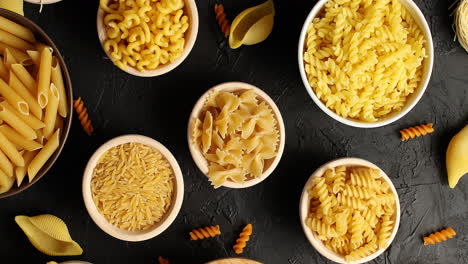 Top-view-of-pasta-in-bowls
