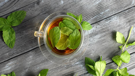 Glass-of-herbal-tea-with-mint