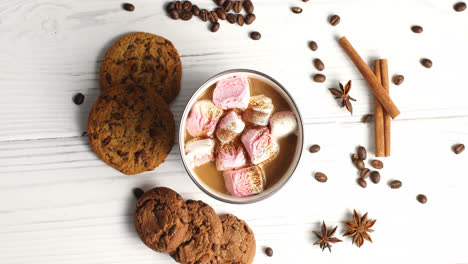Mug-of-cacao-with-marshmallows-and-cookies