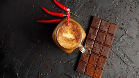 Schokoriegel-Mit-Kaffee-und-Chili