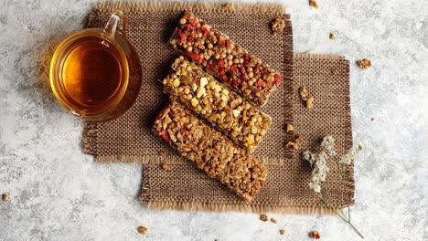 Barras-De-Cereal-Con-Té-De-Hierbas