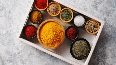 Arrangement-of-spices-in-tray
