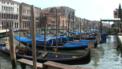 Venice-Gondolas-moored-along-the-Grand-Canal