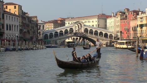 Venice-Rialto-Bridge-with-a-gondola