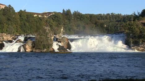 Suiza-Rhine-Falls-Vista-Media