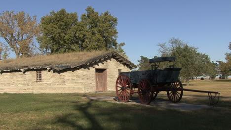 Nebraska-wagon-and-building