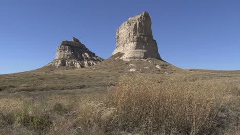 Nebraska-Jail-Rock-with-Courthouse-Rock-beyond