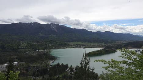 Austria-looking-down-on-island-in-the-Faaker-See