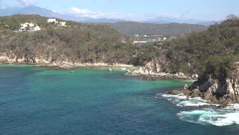Huatulco-beautiful-coastal-view