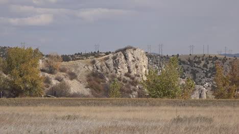 Montana-Rock-outcrop-at-Fort-Rock