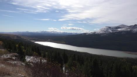 Lago-Montana-En-El-Parque-Nacional-Glacier