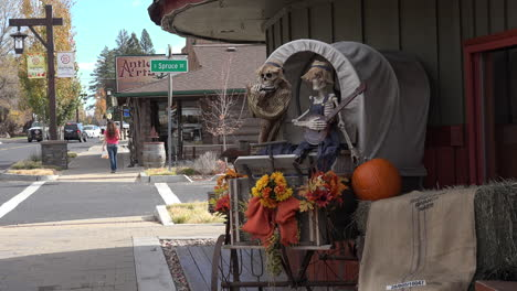 Oregon-Sisters-with-Halloween-decorations