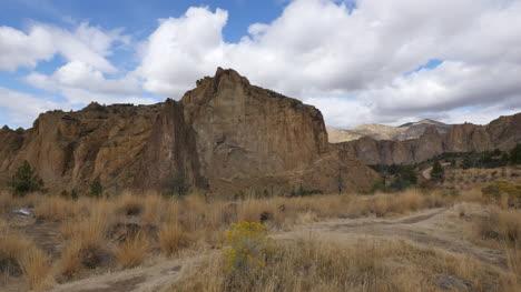 Oregon-Smith-Rocks-in-shade