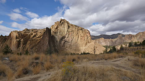 Oregon-Smith-Rocks-view-with-clouds-time-lapse
