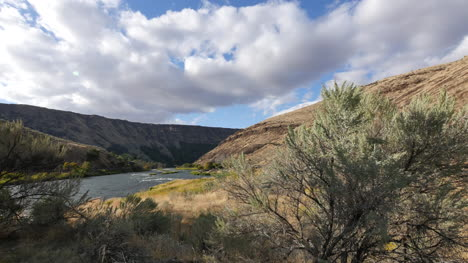 Oregon-sagebrush-and-Deschutes-River