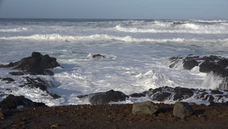 Oregon-sea-churns-like-whipped-cream