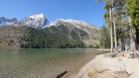 Wyoming-Jenny-Lake-in-Grand-Teton-National-Park