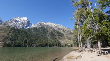 Wyoming-Jenny-Lake-view
