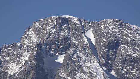Wyoming-dike-on-Mount-Moran-close-view