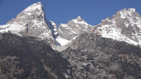Wyoming-glacier-cirque-on-Grand-Teton