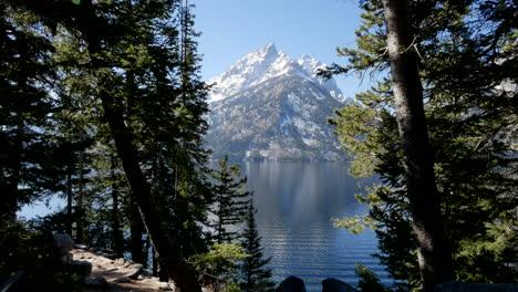 Wyoming-vew-of-a-Teton-peak-across-Lake-Jenny