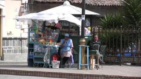 Ecuador-candy-stand