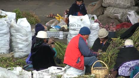 Ecuador-market-Ambato