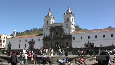 Ecuador-Quito-colonial-church