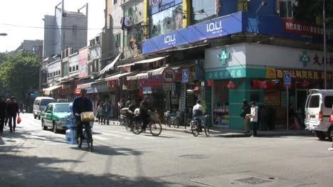 Busy-Guangzhou-street