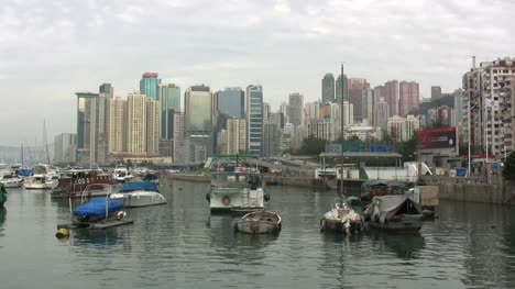 Hong-Kong-boat-harbor