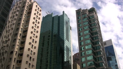 Hong-Kong-buildings-&-sky