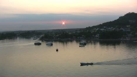 Mexico-sunrise-at-Mazatlan