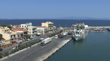 Chios-town-harbor