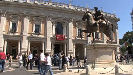 Rome-equestrian-statue-of-Marcus-Aurelius