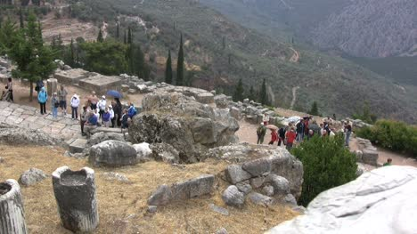 Greek-Antiquities-Tourists-at-Delphi
