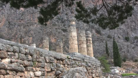 Greek-Antiquities-Apollo-Temple-at-Delphi