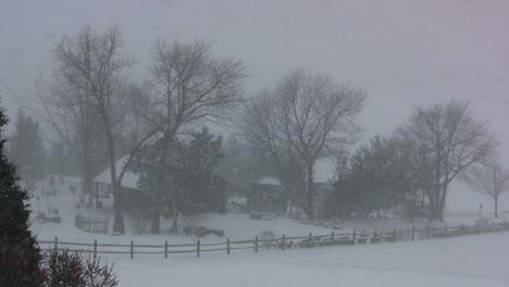 Snowy-farmstead-in-Pennsylvania