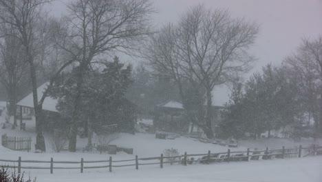 Farmstead-in-heavy-snow