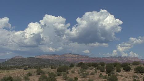 Arizona-cumulus-clouds-over-desert