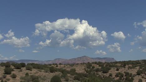 Arizona-cloud-forming-over-the-desert