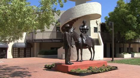 Estatua-Pionera-De-Arizona-Scottsdale
