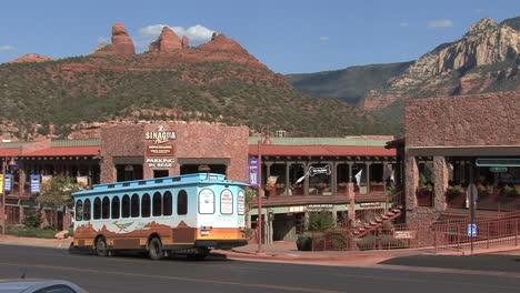 Arizona-Sedona-trolly
