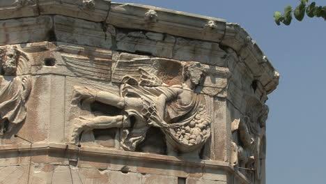 Diosa-De-Atenas-En-La-Torre-De-Los-Vientos
