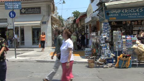 Athens-shops-and-shoppers