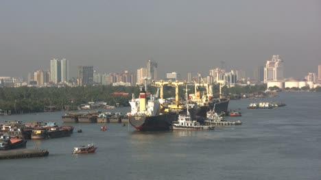 Envío-Del-Río-Chao-Phraya-De-Bangkok