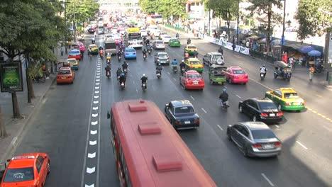 Bangkok-motor-scooters