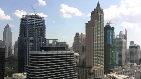 Bangkok-skyline-&-skyscrappers