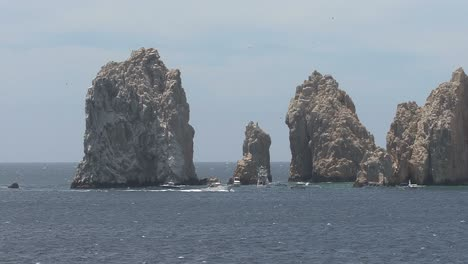 Cabo-rocks-and-boat