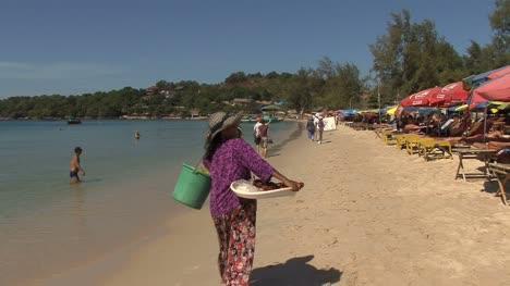 Cambodia-beach-tourists-and-locals